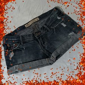 Sz0 hollister shorts pre owned